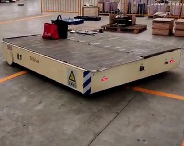 5吨无轨车现场视频