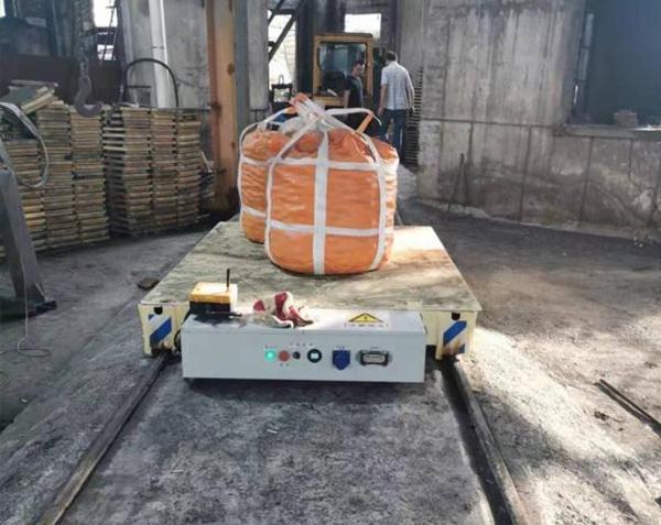 5吨锂电池轨道转运车