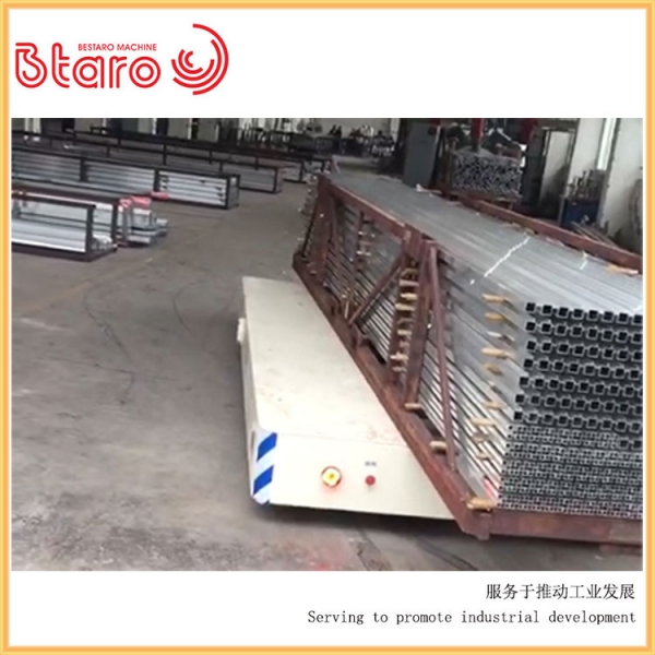 无轨平车方管铝管运输